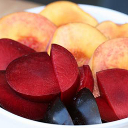 CUESA-stone-fruit-crop