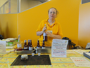 Lisa Leonard of Mother Knows Best Kombucha shares samples at last year