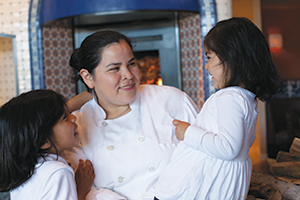 Dilsa Lugo and children (Photo courtesy of Sarah Peet)